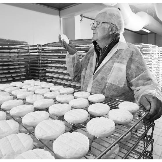osella-dario-e-formaggio-stabilimento