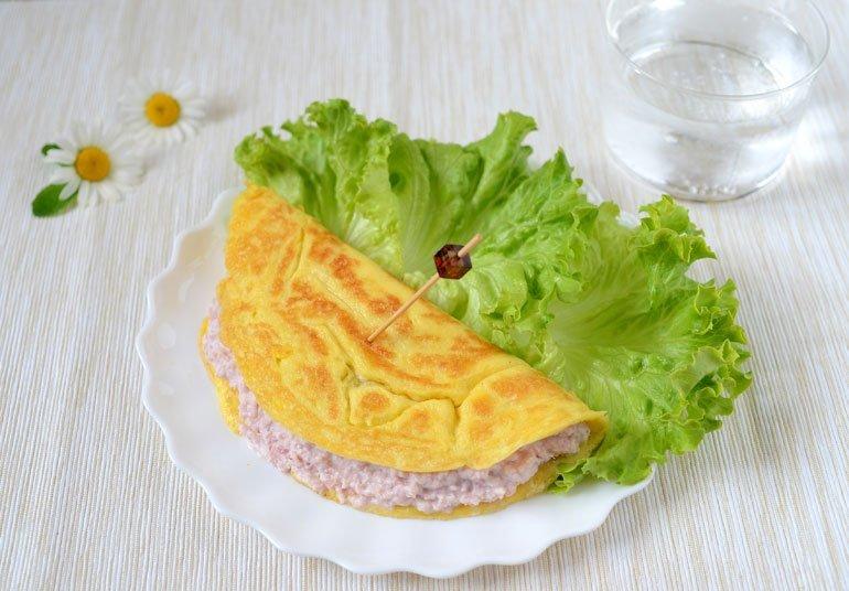 Omelette con Ricotta Osella e prosciutto
