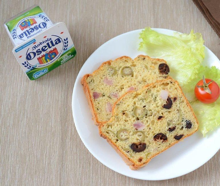 Cake salato con pancetta, origano e Robiola Osella - Ricette Fattorie Osella