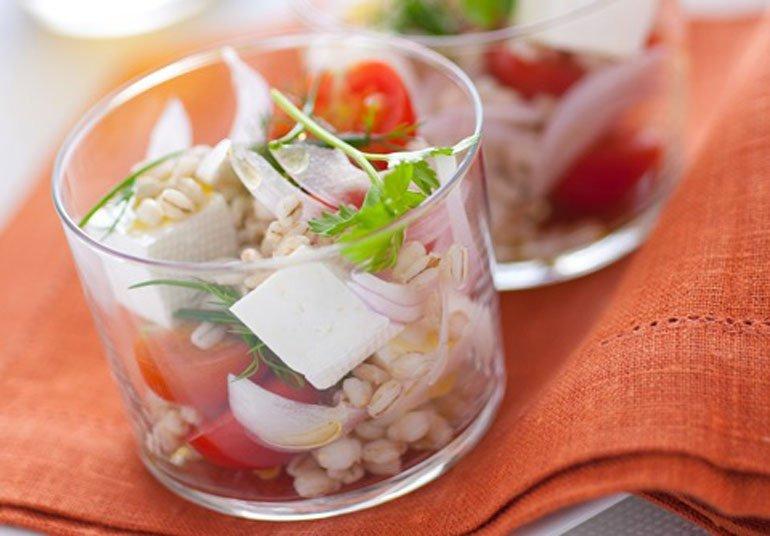 Bicchierini con insalata di Primosale e orzo