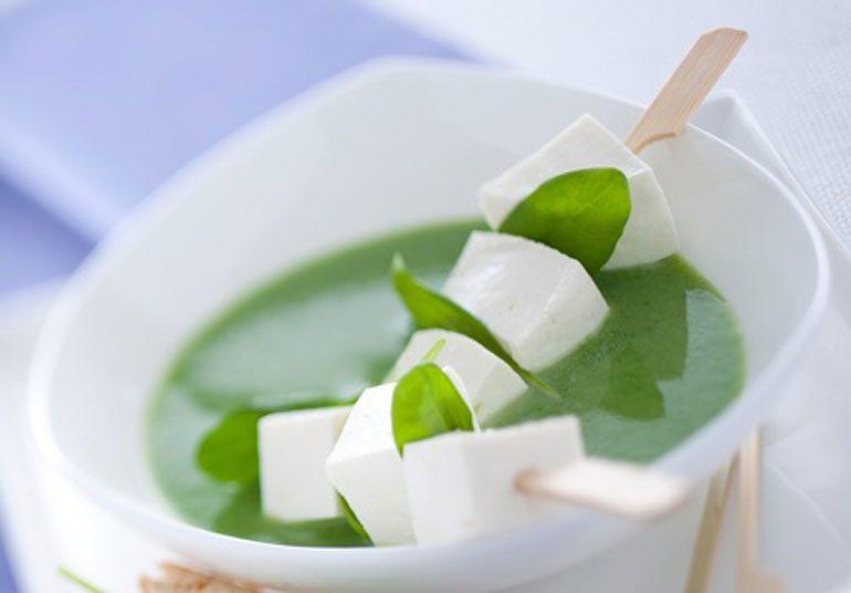 Spiedini di Primosale con crema di spinaci