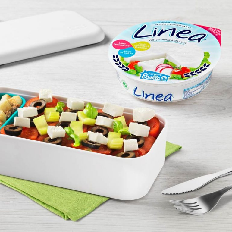Cubetti di linea osella con ciliegini, sedano, olive e cipolla rossa
